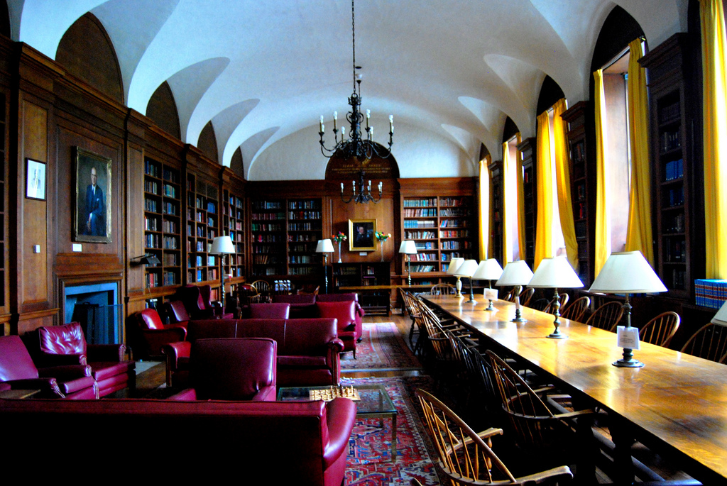 Adams House, Library, Harvard University, Cambridge, MA, USA, May 31, 2008 | © Courtesy of Paul Lowry.